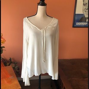 BELLA DAHL ivory bohemian style blouse